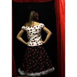 9f42df1eb680 Material: 100% bomull Endast kjol, Topp finns köpa till. Underkjol,  pannband medföljer ej.men finns köpa löst.